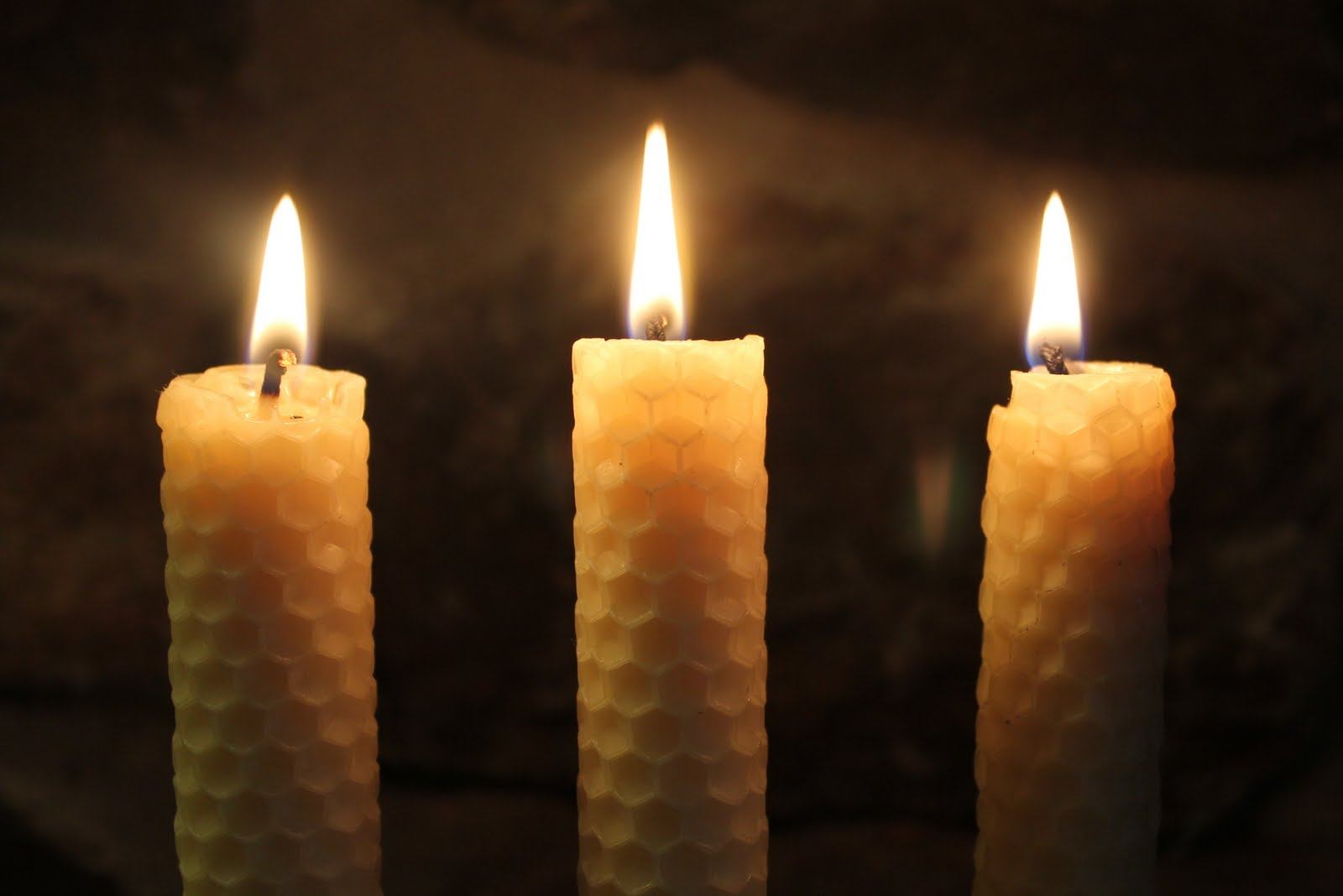 Bees-Wax-Candles