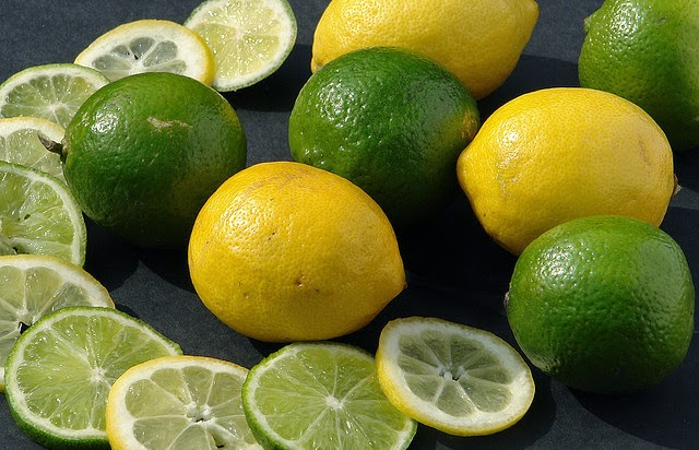 10 Lemon Health Benefits and Beauty Secrets