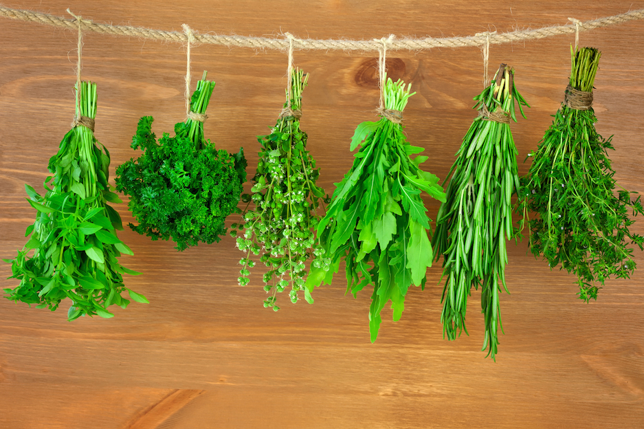 5 Powerful Healing Herbs and Spices to Stock in Your Kitchen