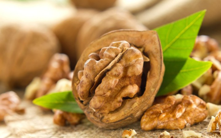 See-What-Happen-to-Your-Body-When-You-it-7-Walnuts-a-Day
