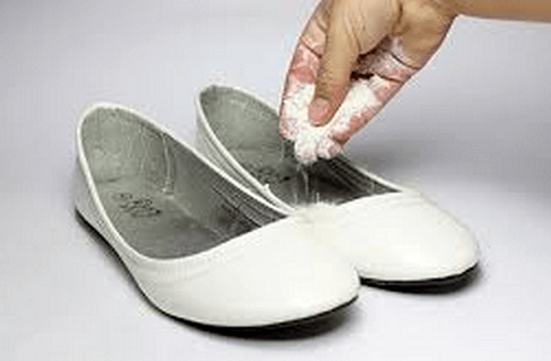 3 Tricks to Eliminate Bad Odor from Your Shoes