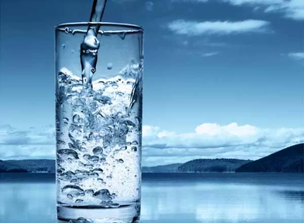 4 Critical Signs That Your Body Needs More Water Immediately!