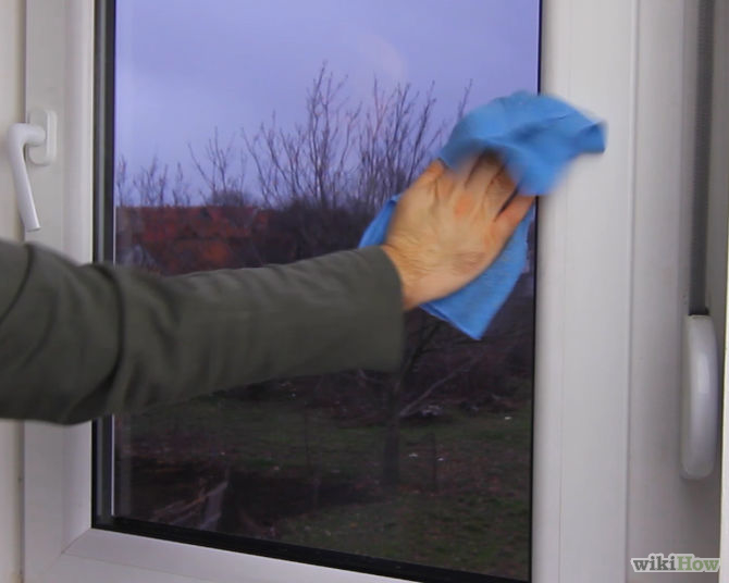How to clean the windows quickly