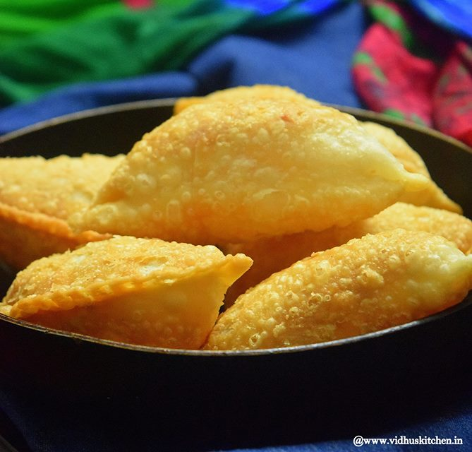 Sweet Somas - A Perfect Popular Diwali Sweet