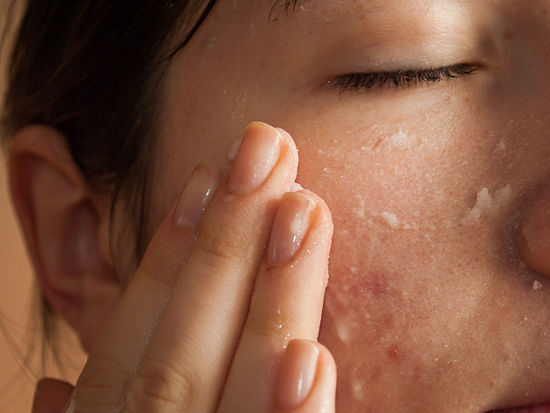 Simple Methods To Easily Reduce The Pores