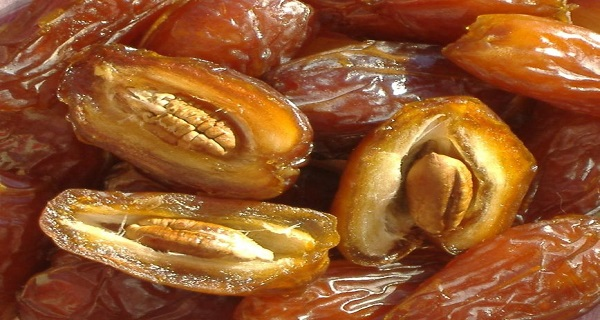 Dates(Khajoor) - The Healthiest Fruit On This Planet That Can Cure Many Diseases!