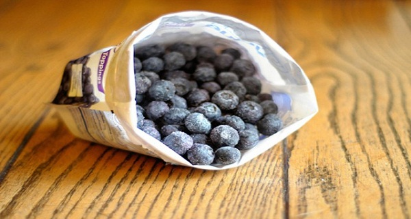 You Will Not Believe All The Benefits Of Consuming Frozen Blueberries!