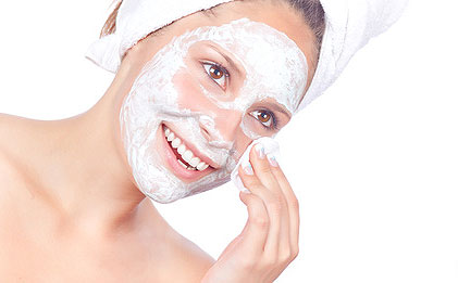 The Benefits Of Washing Your Face With Baking Soda!