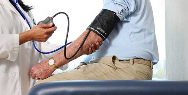 Monitoring blood pressure at home